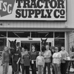 large group of 4-H'ers in front of the Tractor Supply Co