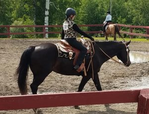 4-H girl and horse