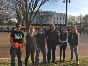 UMaine Extension 4-H Delegation at the 4-H Healthy Living Summit in Washington DC, in front of the White House.