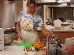 Extension expert teaches a canning class