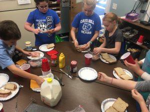 Jolly Juniors making sandwiches