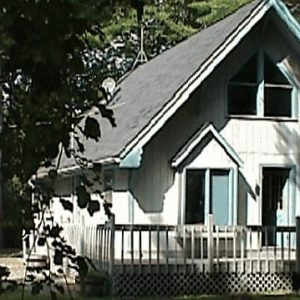 "Photo of a house, for indicating the ""Household Pests"" category."