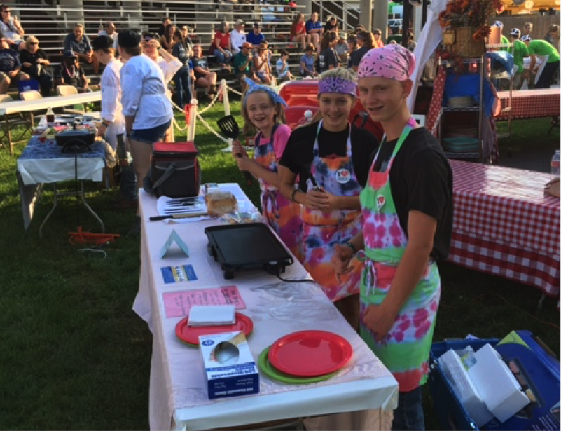 Maine Grilled Cheese Team of Lydia Schofield, Alyvia Caruso and Ruben Schofield
