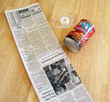 Creating a round newspaper pot