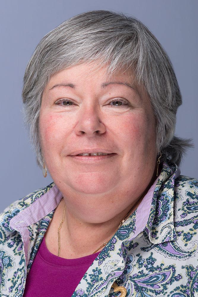 Lynne Holland